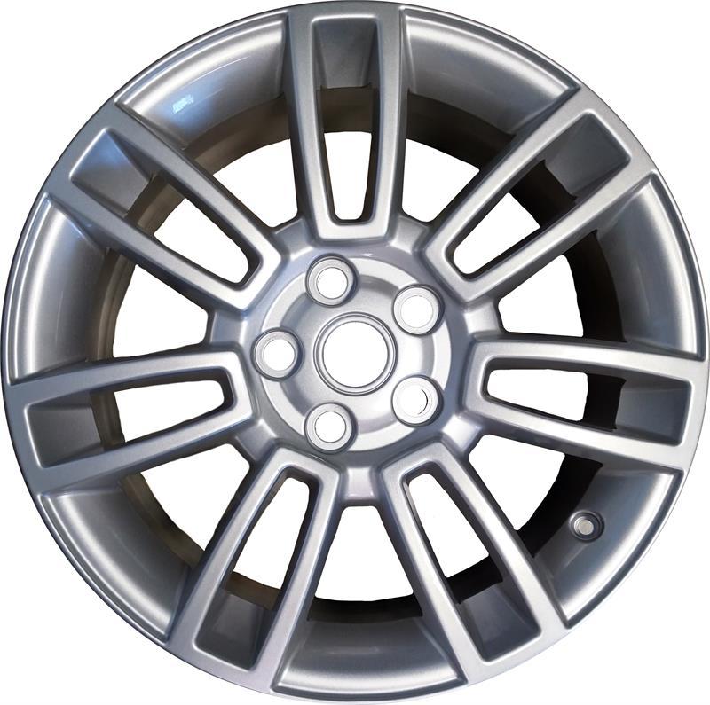 2012 Land Rover Lr3 Hse: 2012 Range Rover HSE Wheel